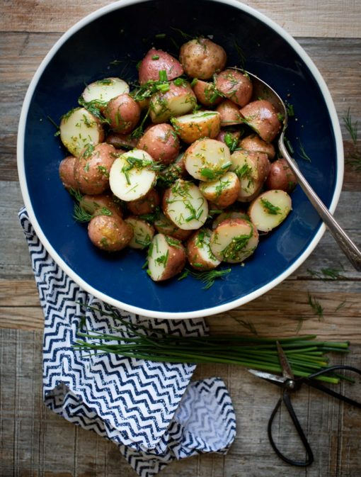 Salade tiède de patates grelots à l'aneth