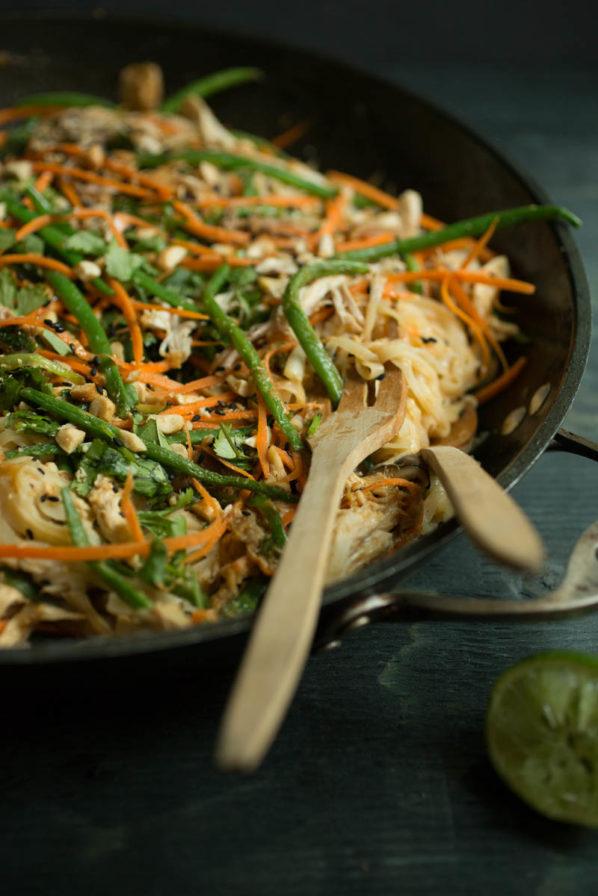 Pad thaï poulet et légumes