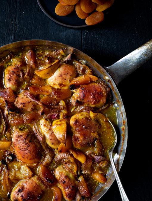 Casserole de poulet aux abricots et au citron