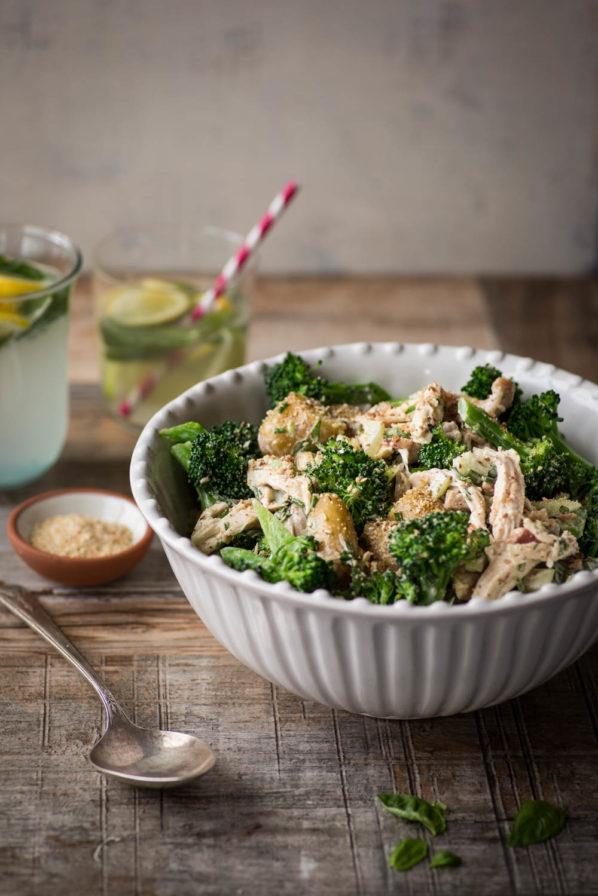 Salade repas poulet brocoli et patates grelots
