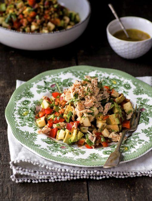 Salade de thon, lentilles et avocats