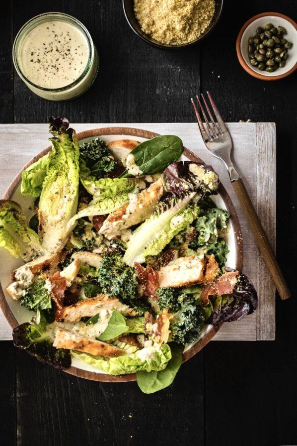 Salade césar et poulet cajun