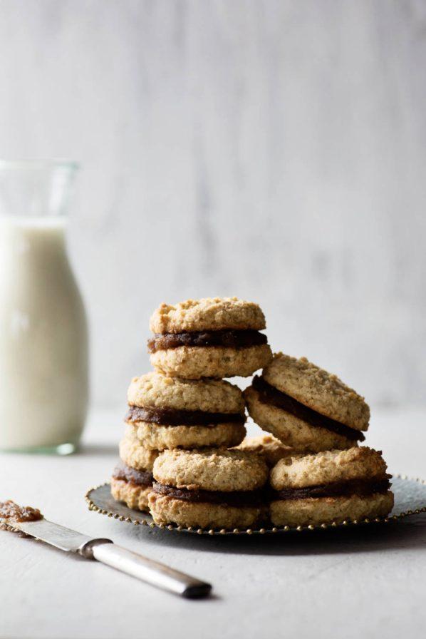 """Biscuits """"carrés aux dattes"""""""