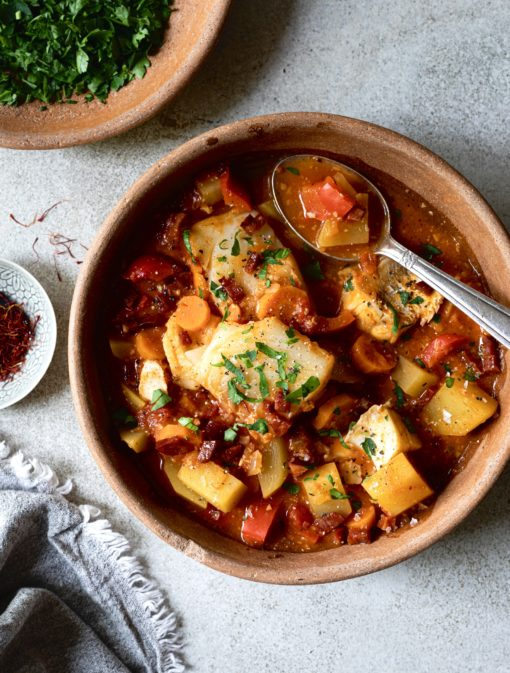 Ragoût de poisson aux tomates et chorizo